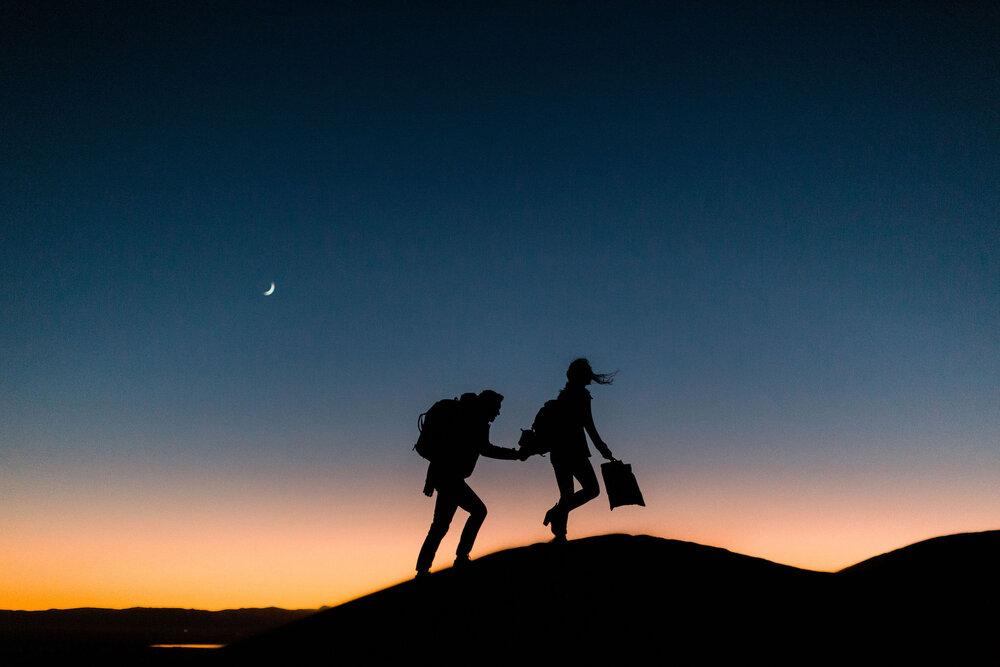 colorado-engagement-photography-hiking-at-sunset